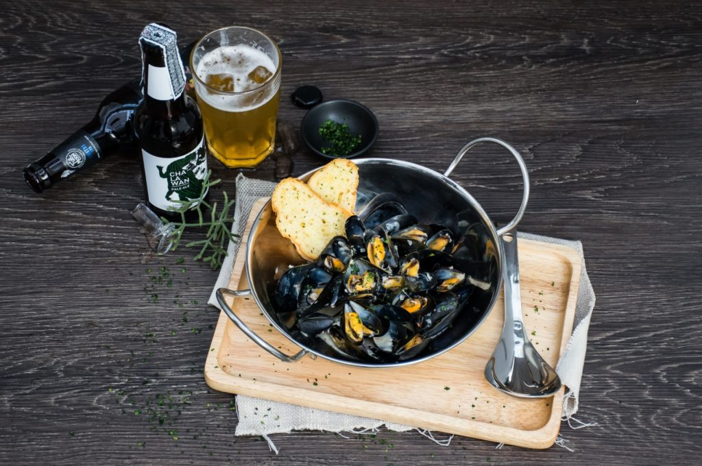 signature-dish-bouchot-mussels-and-organic-blue-mussels