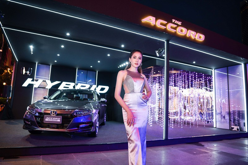 Honda Accord Hybrid Elle Fashion Week (16)